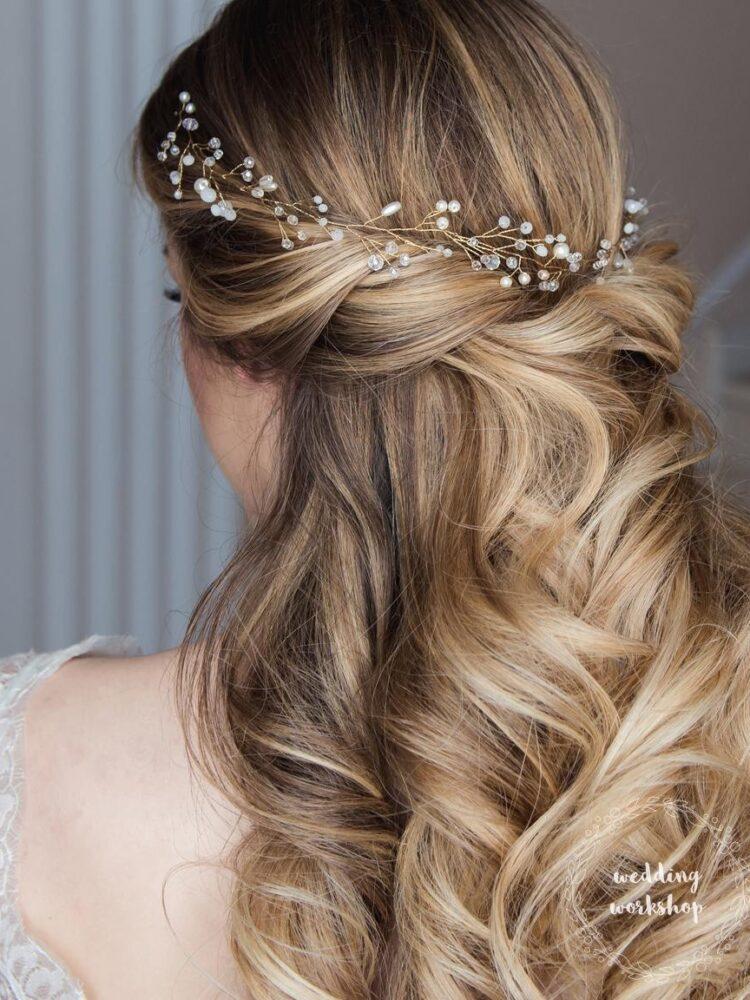 fryzura ślubna z ozdobą do włosów EVITA