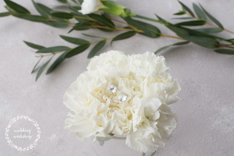 srebrne kolczyki ślubne z kryształem Swarovski model EPIA