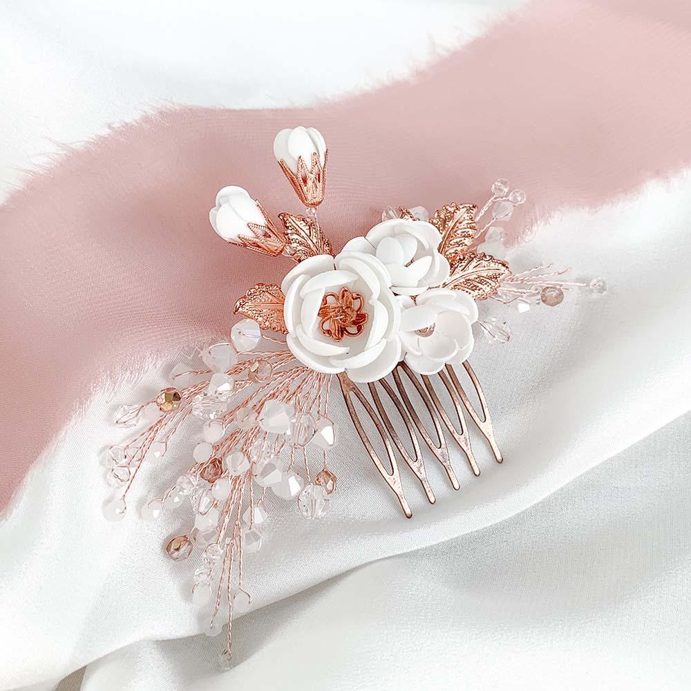 stroik z kwiatami rose gold